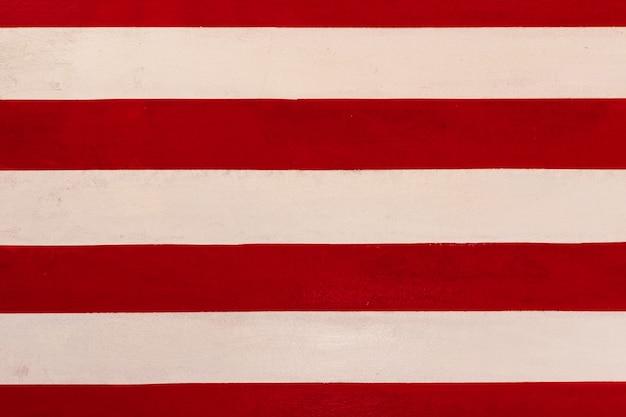 Fond de texture de peinture au trait rouge et blanc.