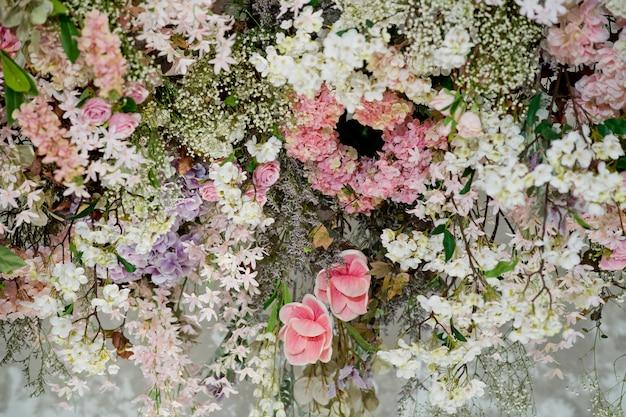 Fond de toile de fond fleur de mariage, fond coloré, rose fraîche, bouquet de fleurs