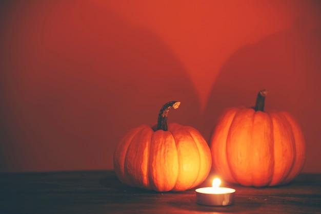 Fond de vacances halloween, citrouilles fraîches, art, artisanat