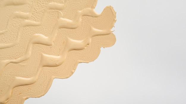 Fondation beige avec espace de copie