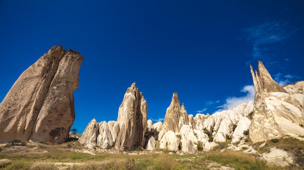 Formations rocheuses spectaculaires en cappadoce