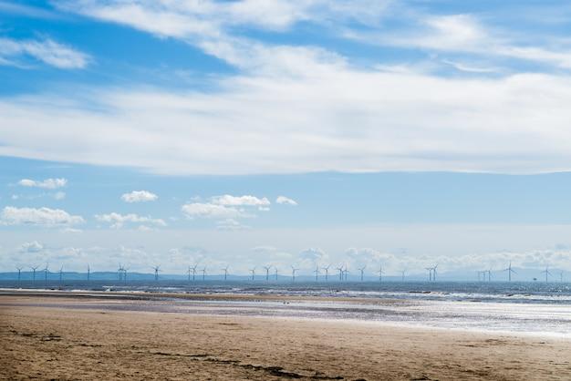 Formby beach près de liverpool par une journée ensoleillée
