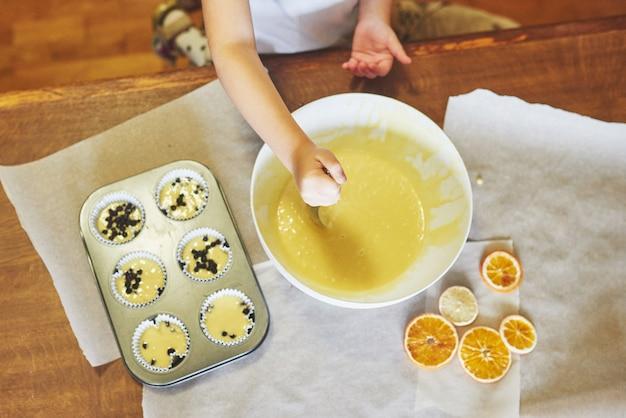 Forme de cupcake et pâte
