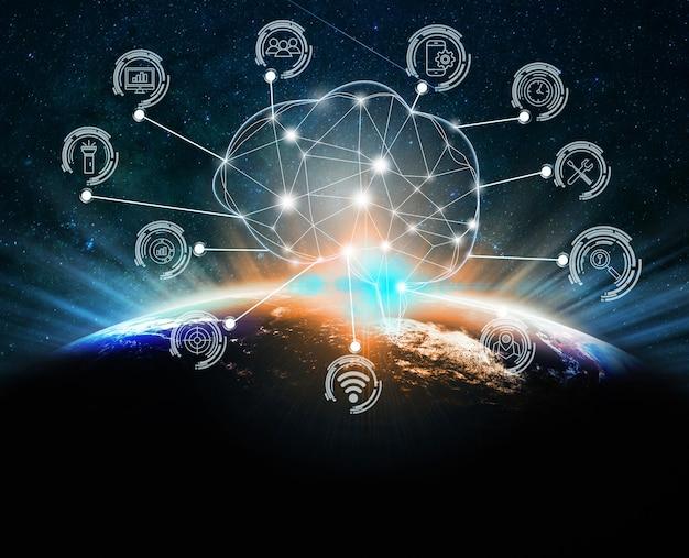 Forme polygonale du cerveau de l'intelligence artificielle avec diverses icônes de l'internet des objets de la ville intelligente