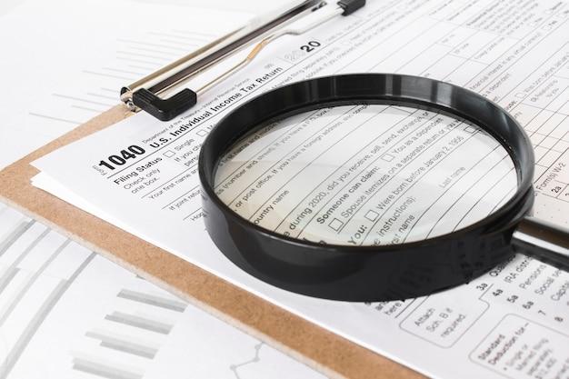 Formulaire 1040. la déclaration de l'impôt sur le revenu des particuliers des états-unis.