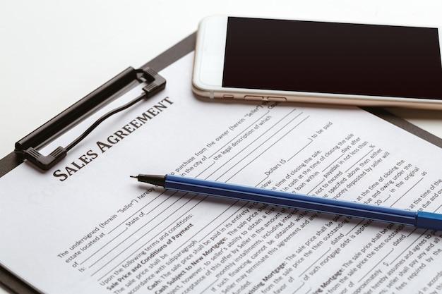 Formulaire de contrat, vente et achat de maison ou de condo