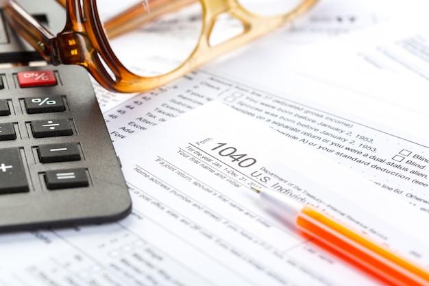 Formulaires d'impôt, gros plan