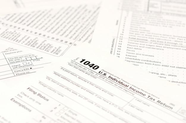 Formulaires vierges d'impôt sur le revenu, formulaire américain 1040 de déclaration de revenus des particuliers