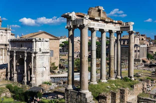 Forum romain à rome, en italie