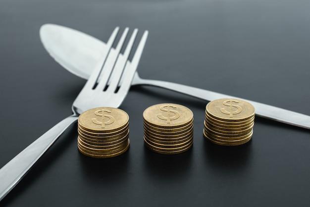 Fourchette et argent sur la notion de société d'économie d'entreprise sombre conseil.