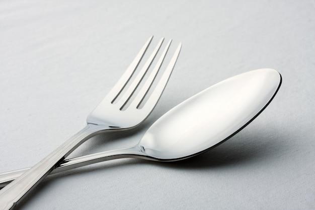 Fourchette, couteau et cuillère