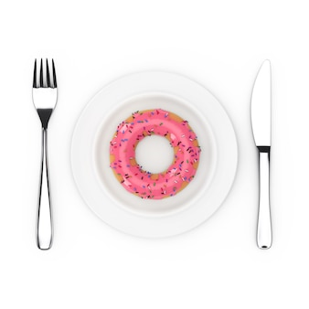 Fourchette et couteau près de la plaque avec big donut glacé rose fraise, vue de dessus sur fond blanc. rendu 3d