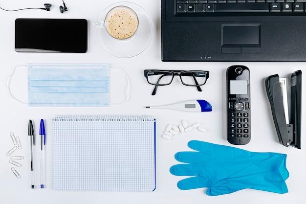 Fournitures de bureau pour le travail en ligne à domicile protégeant contre le coronavirus