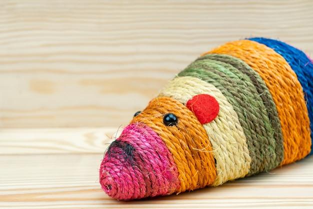 Fournitures pour animaux de compagnie sur souris jouet coloré pour chats animaux de compagnie / jouets pour chats pour ongles