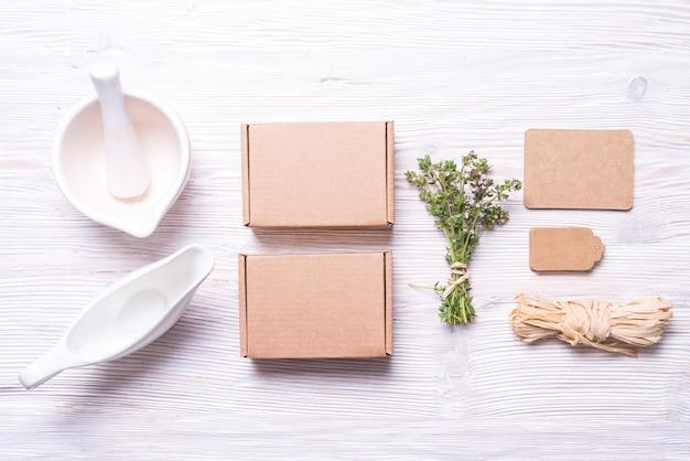 Fournitures pour emballage de boîte-cadeau, concept alimentaire