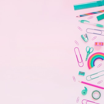 Fournitures scolaires pastel