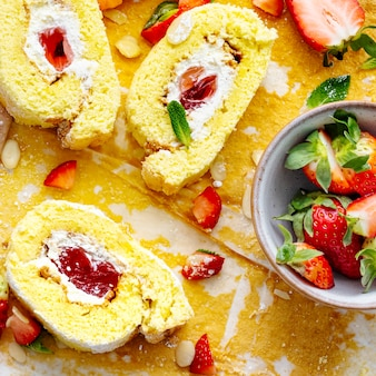 Fraise swiss roll flat lay food photography