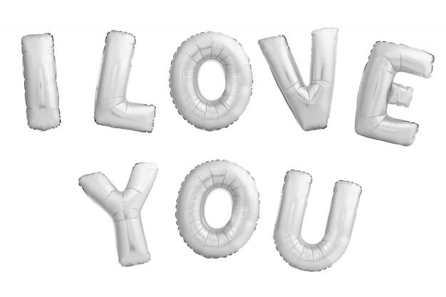 Frase je t'aime faite de ballons gonflables argent isolés sur fond blanc
