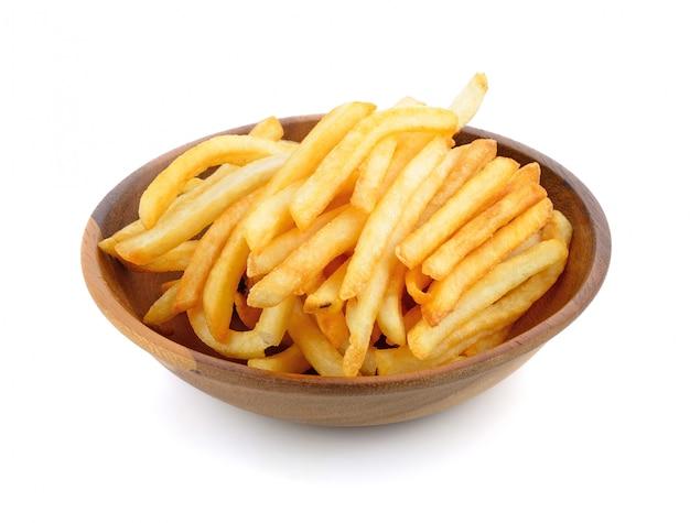 Frites appétissantes sur un blanc