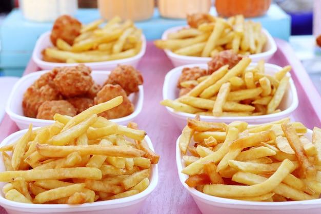Frites et pépites frites