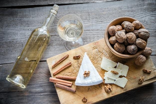 Fromage brie aux noix