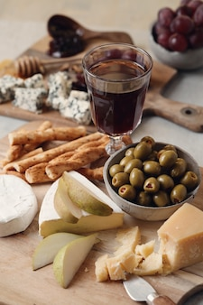 Fromage et olives