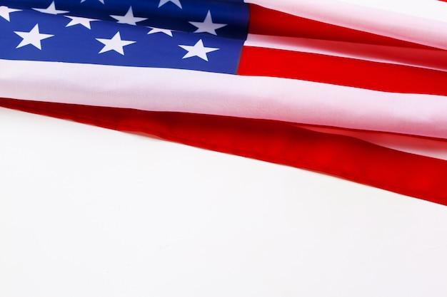 Frontière du drapeau américain isolé sur fond blanc