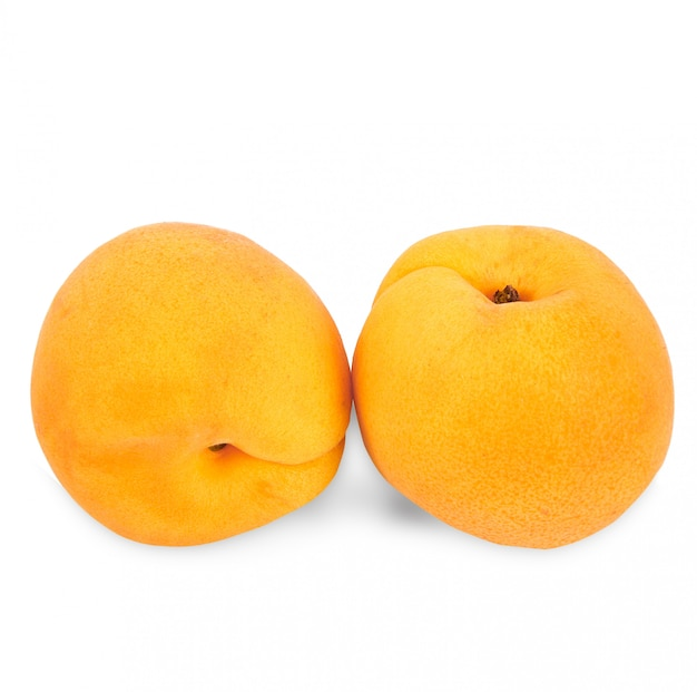 Fruit d'abricot sur fond blanc