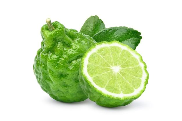 Fruit de bergamote avec des feuilles