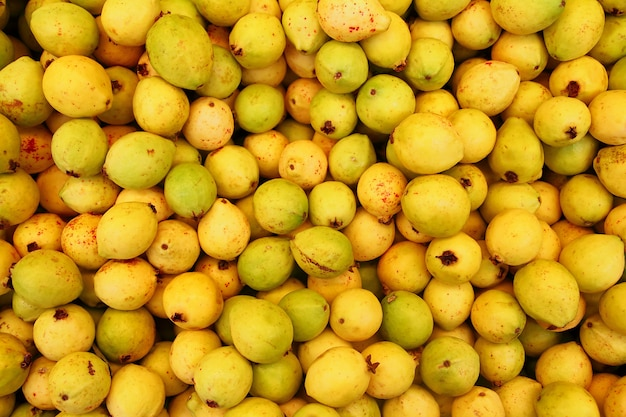 Fruit de buayaba ou guayabilla psidium guajava linnaeus