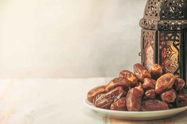 Fruit du palmier dattier ou kurma, nourriture ramadan