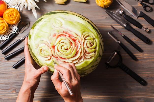 Le fruit de pastèque sculpté, art de la thaïlande