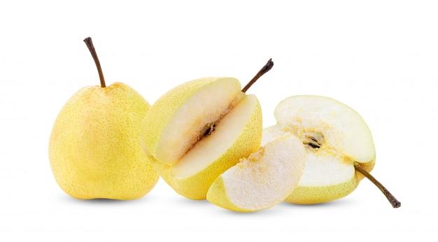 Fruit de poire isolé sur blanc