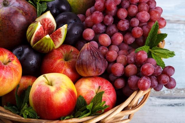 Fruits biologiques frais