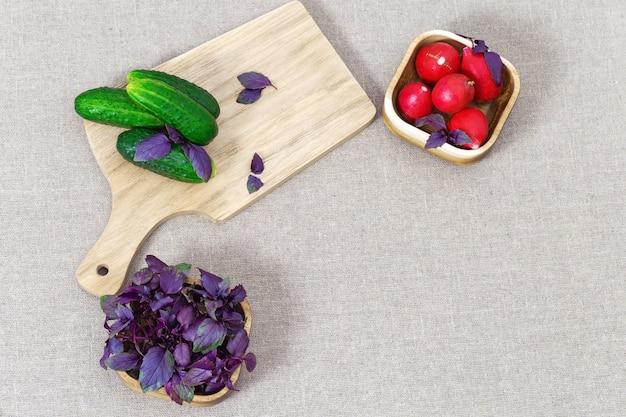 Fruits frais sur la table.