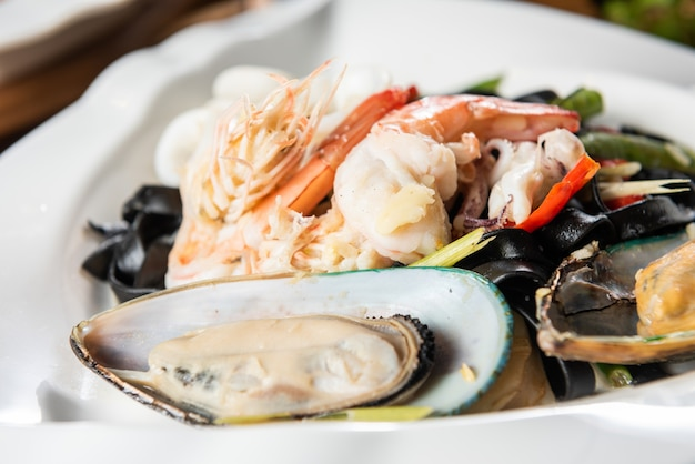 Fruits de mer sur une assiette