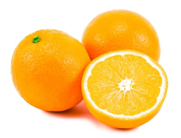 Fruits orange frais avec tranche isolé sur blanc