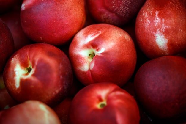 Fruits de prunes rouges
