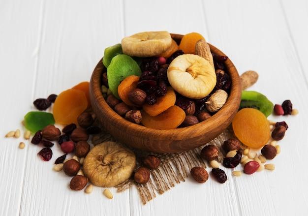Fruits secs mélangés