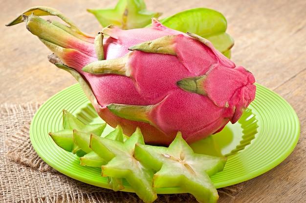 Fruits tropicaux en thaïlande