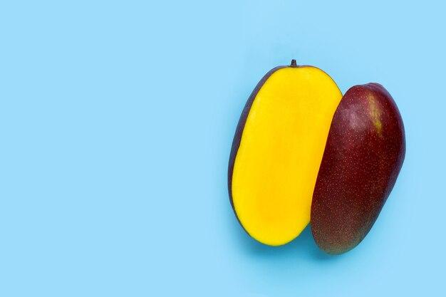 Fruits tropicaux, vue de dessus de mangue
