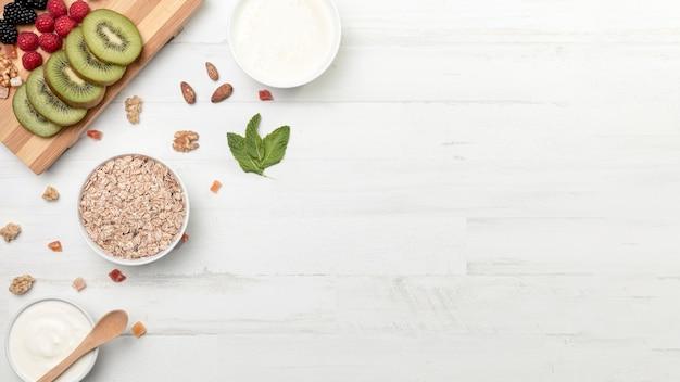 Fruts aux céréales yougurt et granola