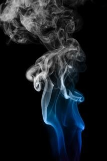 La fumée, con2011, abstraite, de l'odorat