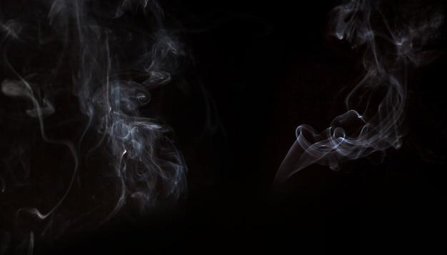 Fumée effet sur fond noir