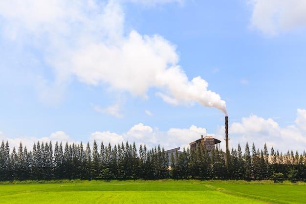 Fumée de l'usine