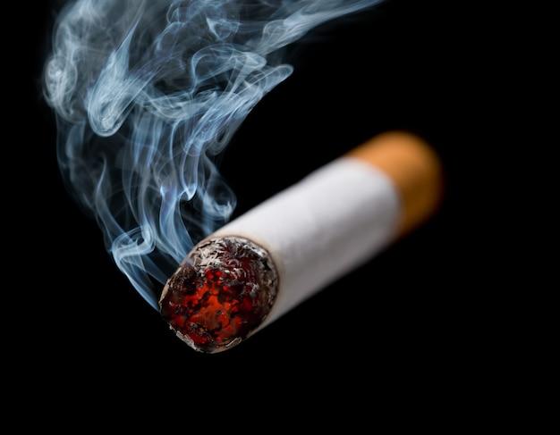 Fumer la cigarette
