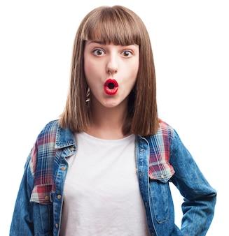 Funny girl avec un piercing