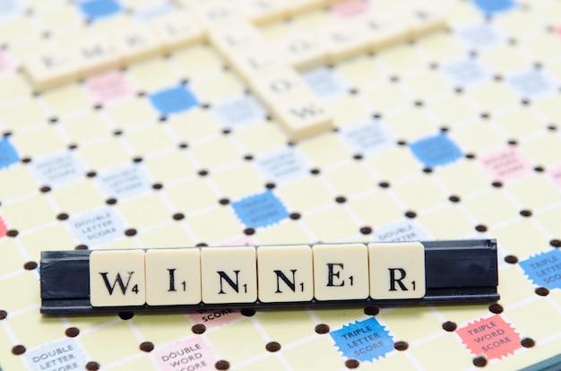 Gagnant de lettre scrabble
