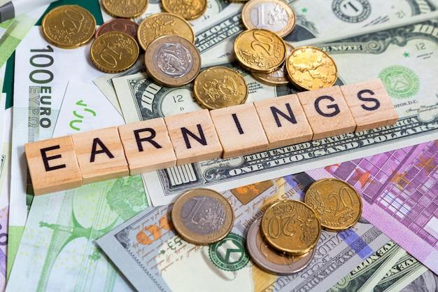 Gains de texte word sur les billets d'argent