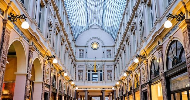 Galeries royales saint-hubert à bruxelles, belgique